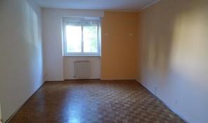 Appartamento con cantina e garage in Aosta