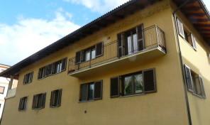 Alloggio con box auto in Aosta