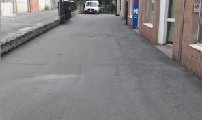 Ampio magazzino in Aosta