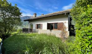 POLLEIN, PORZIONE DI BIFAMILIARE, RIF. M110